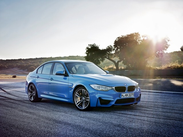 BMW 2015 Model M3 Sedan'ı tanıttı