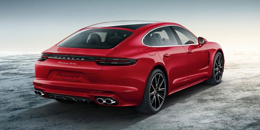 Porsche Exclusive'in son gözdesi: 2017 Panamera Turbo
