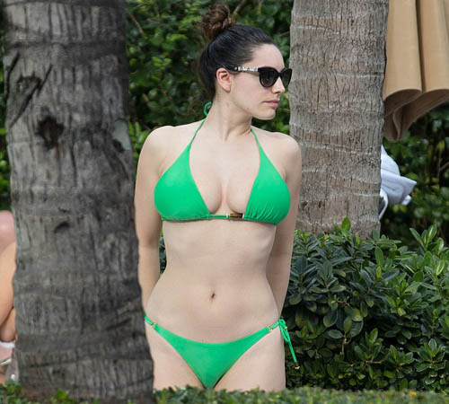 Kelly Brook'tan Nispet Pozları! (Galeri)
